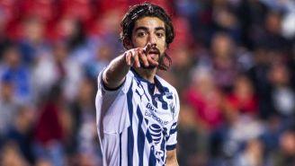 Pizarro señala en un juego de Rayados de Monterrey