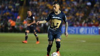 Rodríguez durante un partido con Pumas