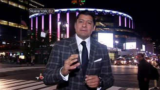 Aguilar siempre acude a las peleas importantes con el equipo de Box de TV Azteca Deportes