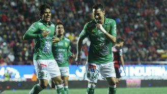 Sambueza festeja gol contra Xolos