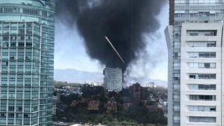Incendio en la zona de Santa Fe en la Ciudad de México