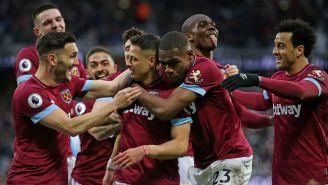West Ham festeja gol de Javier Hernández