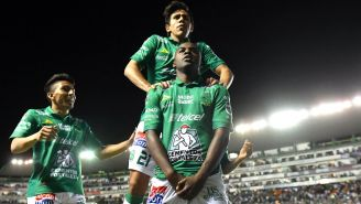 León celebra una anotación frente a Xolos