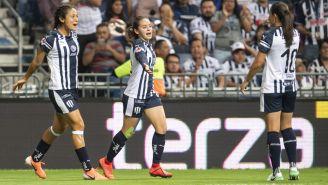 Rayadas festejan gol ante Tigres en la Final de Ida