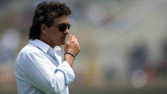 Rubén Omar Romano, sigue de cerca las acciones de su equipo