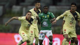 Nicolás Castillo busca ganar en balón parado contra León