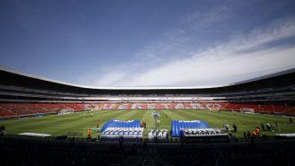 Cancha del Estadio Corregidora previo a un encuentro de Liga MX