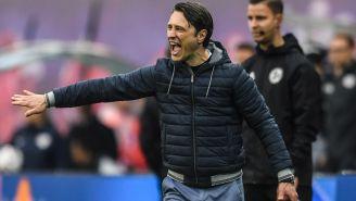 Kovac da indicaciones a sus jugadores en la Bundesliga