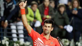 Novak Djokovic celebra triunfo en semifinales del Masters de Roma
