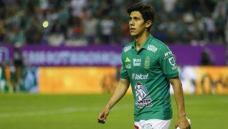 José Juan Macías durante un juego del León