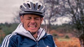Javier Hernández en un paseo en bicicleta