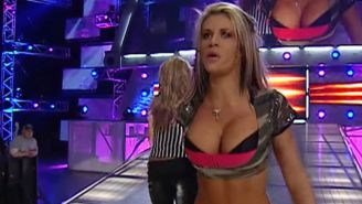 Ashley Massaro después de una lucha