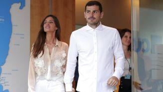 Sara Carbonero e Iker Casillas abandonan un hospital en Portugal