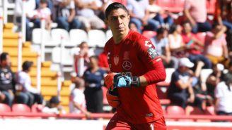 Hugo González, en un juego con Necaxa en el C2019