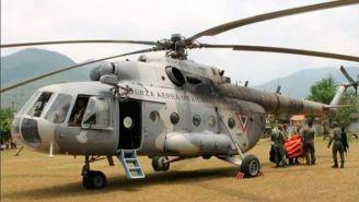 Helicóptero de la Armada de México en tierra