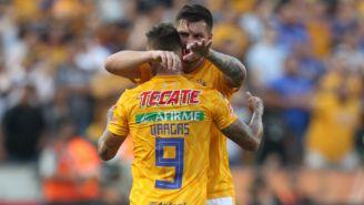 André-Pierre Gignac celebra gol de Tigres contra León