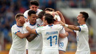 Selección de Italia celebra una anotación frente a Ecuador