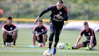 Nicolás Castillo, durante un entrenamiento con Chile
