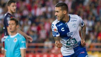 Sosa festeja una anotación en la Liga MX