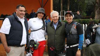 Carlos Padilla convive con arqueros mexicanos previo a competencia