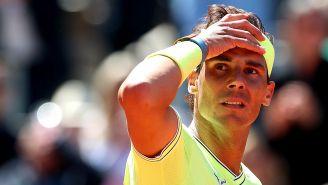 Rafa Nadal se lamenta en juego de Roland Garros