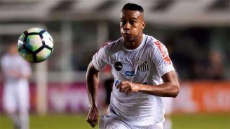Jonathan Copete en un partido contra Santos
