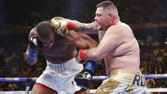 Ruiz propina golpe a Anthony Joshua