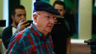 Manuel Lapuente a su llegada a la Semana del Futbol en Cancún