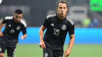 Guardado durante un partido con la Selección Mexicana