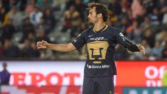 Alejandro Arribas se lamenta en juego de Pumas
