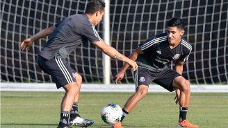 Uriel Antuna, durante un entrenamiento con el Tri