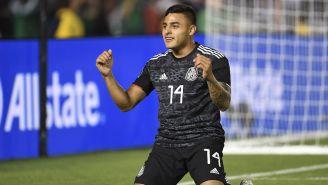 Alexis Vega en festejo de gol con la Selección