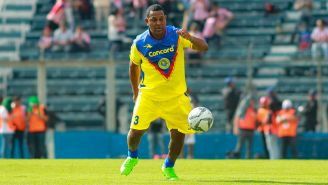 Santos en un partido de leyendas con el conjunto azulcrema
