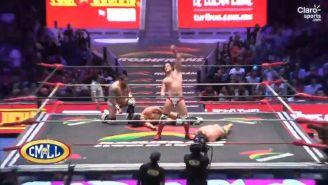 Niebla Roja festeja el triunfo en el ring