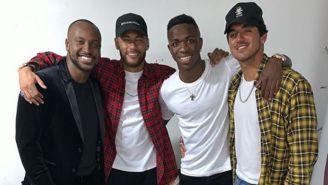 Neymar y Vinicius posan en la fiesta