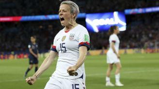 Rapinoe en festejo de gol con Estados Unidos