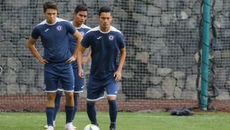 Jugadores de Cruz Azul durante entrenamiento