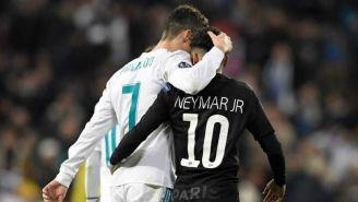 Cristiano y Neymar se abrazan tras un choque en Champions