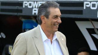 Tomás Boy, en un partido de Chivas
