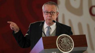 Carlos Urzúa, durante una rueda de prensa en Palacio Nacional