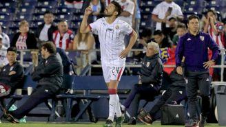 Oribe Peralta, en su primer juego con Chivas