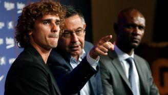 Josep Maria Bartomeu durante la presentación de Antoine Griezmann con el Barcelona