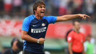 Antonio Conte durante su primer partido de pretemporada con el Inter