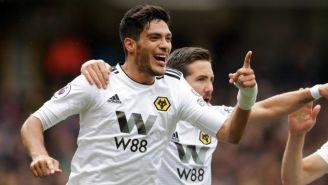 Raúl Jiménez, en festejo de gol con Wolves