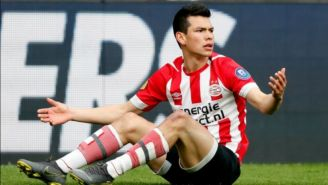 Hirving Lozano durante un partido con el PSV