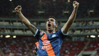 Alustiza festeja gol con Puebla
