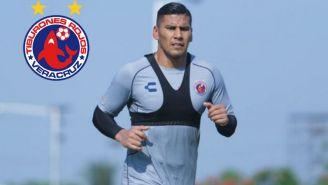 Carlos Salcido, durante un entrenamiento con Veracruz
