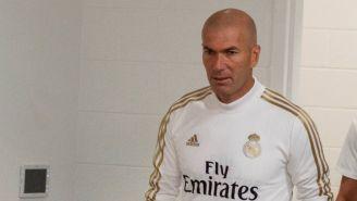Zinedine Zidane, previo a ofrecer una conferencia de prensa