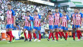 Chivas durante un encuentro contra Santos Laguna