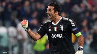 Buffon, en festejo con Juventus